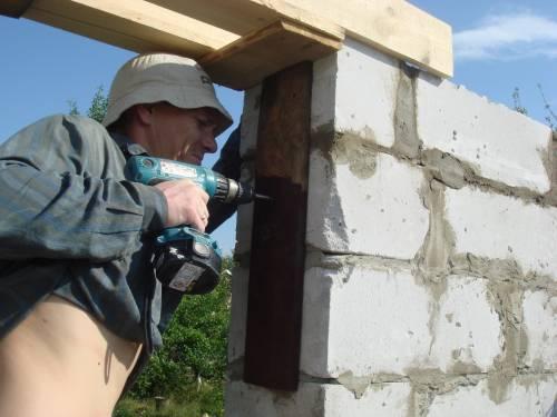 Своими руками строим дом из пенобетона